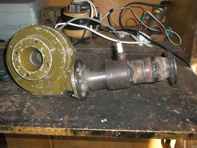 Конструкция клапанного ПуВРД