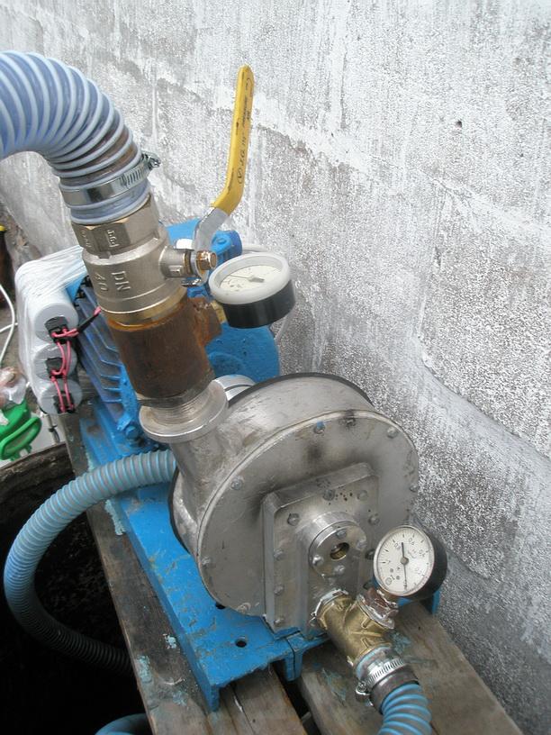 Дисковый насос Тесла. Асинхронный электродвигатель мощностью 4кВт 3000об. в мин.