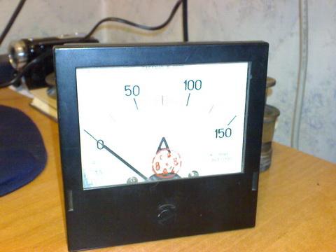 Амперметр постоянного тока 150А.