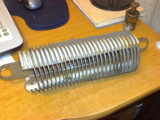 Мощный резистор от сварочного аппарата.