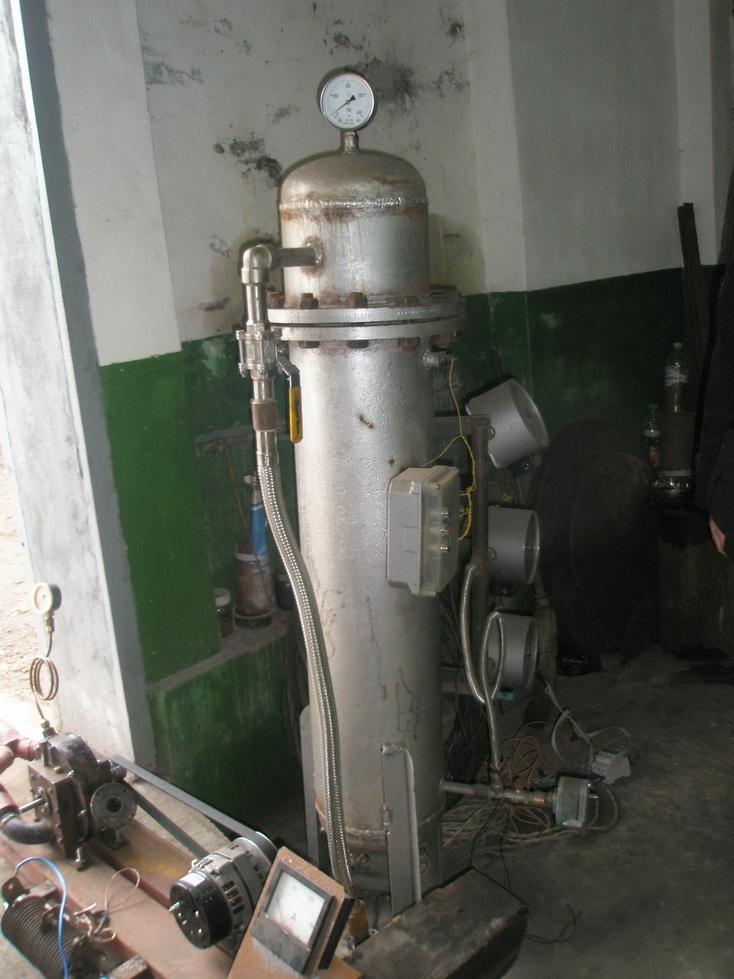 Экспериментальный электрический паровой котел для дисковой турбины Тесла.
